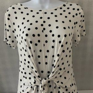 Cable & Gauge Size M White Polka Blouse